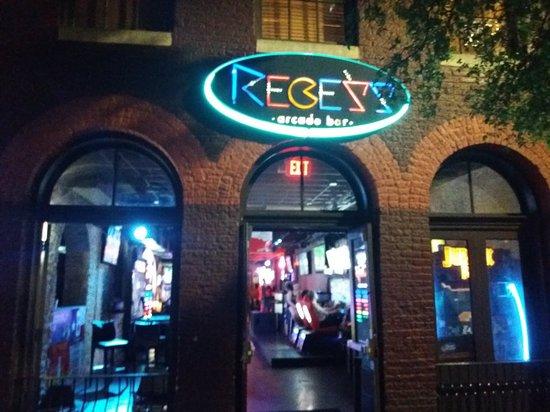 Recess Arcade Bar
