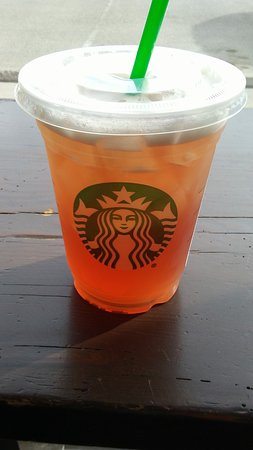 Prince George, كندا: Strawberry Green Tea Lemonade - an awesome pick-me-up on warm afternoons.