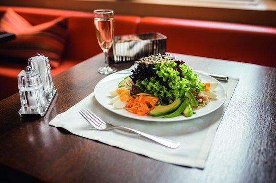 Tour gastronômico de degustação gastronômica auto-guiada em Winterthur: A Taste of Winterthur - Classy Self-Guided Food Tour