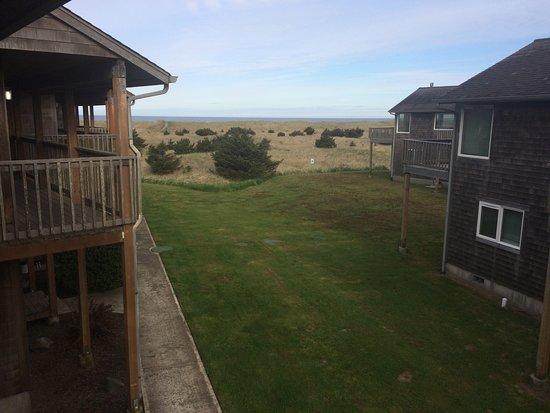 Lighthouse Oceanfront Resort: 605 front
