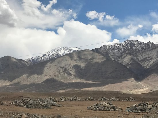 Shoghi, India: Leh