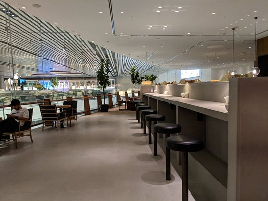 ‪Cathay Pacific Airways Lounge‬