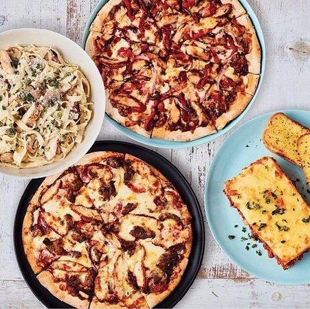 Narellan, أستراليا: pizza/pasta spread