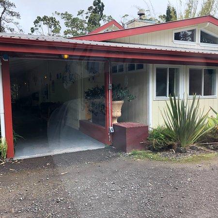 Lokahi Lodge: photo1.jpg