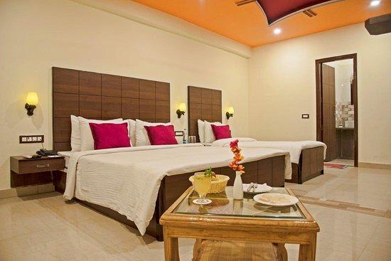 Spring Sky Mughalsarai By ShriGo Hotels