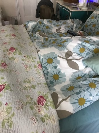 The Poplars: Unmatched bedding