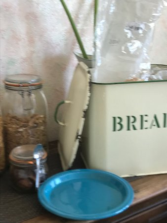 The Poplars: Help yourself bread for toast