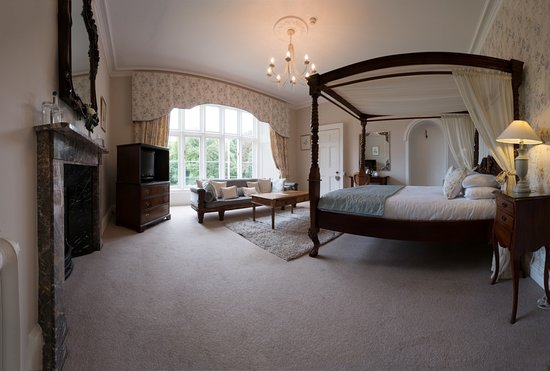 Yealmpton, UK: Four poster Rodney Suite