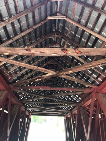 Landrum, Carolina Selatan: Truss work