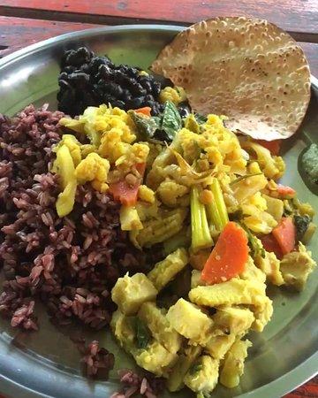 Aree Ayurveda Cafe: 150B 1 plate