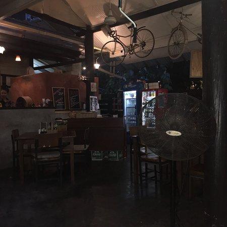 Ranee's Restaurant : photo1.jpg