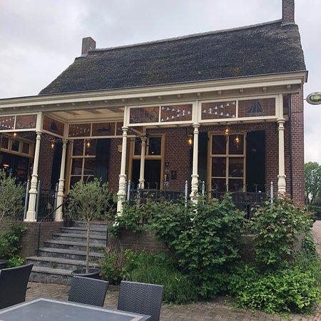 Varik, Belanda: Veerhuis