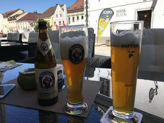 Gmuend, Østerrike: Výborné místní pivo i láhvový wisen bier.