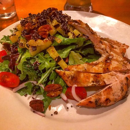 Kenmore, NY: Grilled Pineapple Salad
