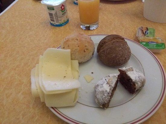 Hotel Aliados: alguns itens do pequeno almoço