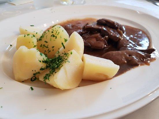 Laa an der Thaya, ออสเตรีย: Hauptspeise