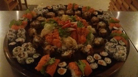 Tucuma: combo de sushi
