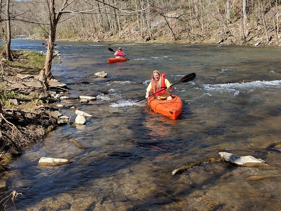 Norton, VA: Explore the Powell River.