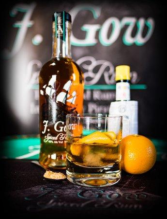Holm, UK: J. Gow spiced rum tasting