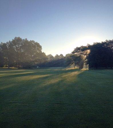 Belleville, MI: Harbour Club Golf Course and Driving Range