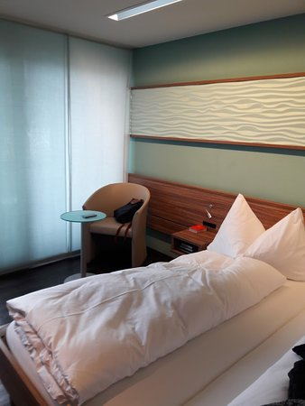 Hotel Nidwaldnerhof: Vue de la chambre