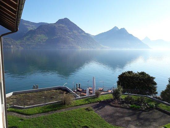 Beckenried, سويسرا: Vue sur le lac des Quatre-Cantons