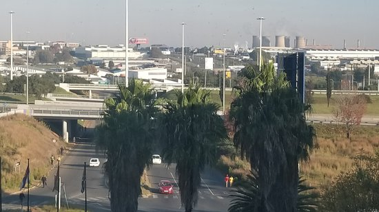 Southern Sun O.R Tambo International Hotel: View from 6th floor room