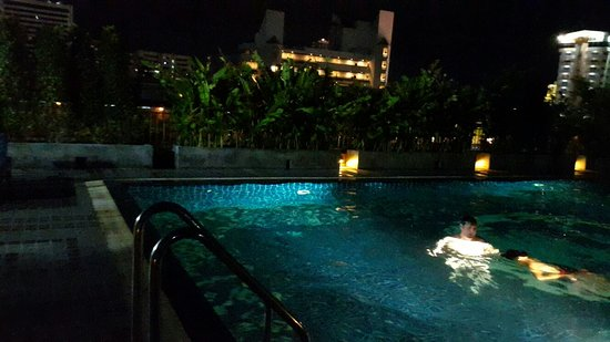 Baywalk Residence Pattaya: 20160618_194349_large.jpg