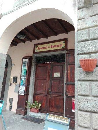 La Piazza del Ciclone: STIA_20180429_Insegna1_large.jpg