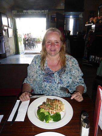Hard Rock Cafe: Chicken Dinner
