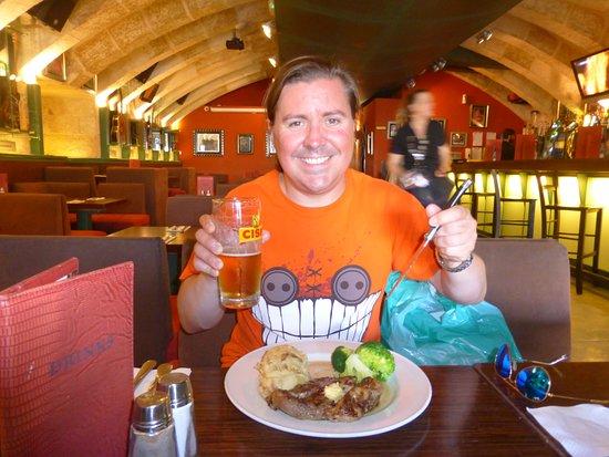 Hard Rock Cafe: Steak Dinner