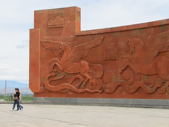 Sardarapat Memorial: Мемориал Сардарапатской битвы