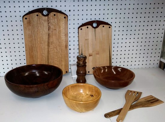 Manchester, TN: Wood Turning, cutting boards, and utensils