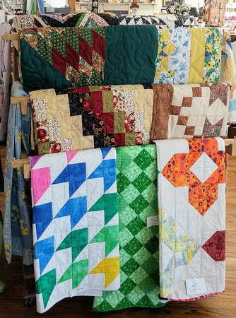 Manchester, TN: Quilts from baby, throws, full, queen, and king beautifully hand made