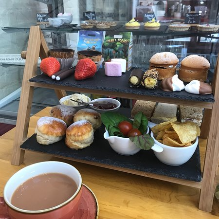 Chocolate Deli Coffee And Patisserie Worcester Restaurant