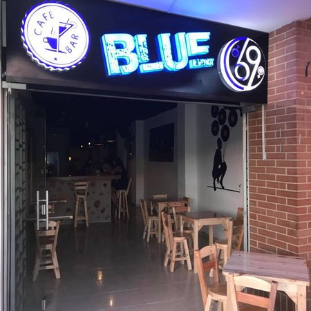 Pitalito, Colombia: Cafe Bar Blue 69