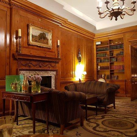 Brockencote Hall Hotel: IMG_20180508_011318_702_large.jpg