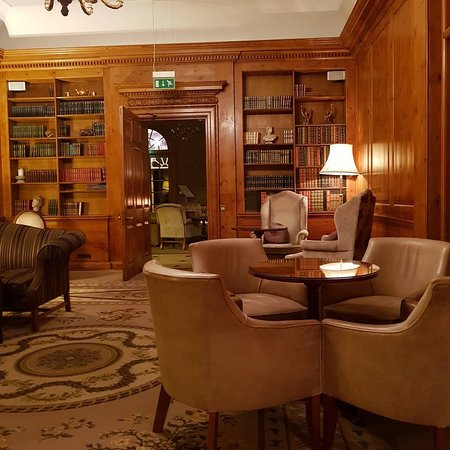 Brockencote Hall Hotel: IMG_20180508_011318_708_large.jpg