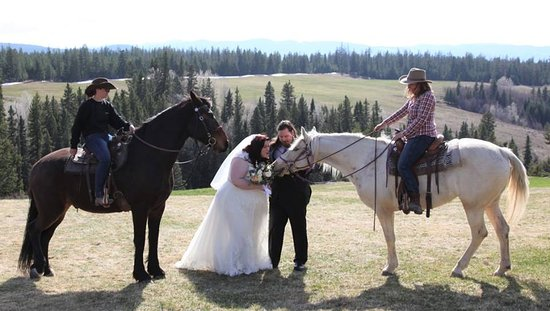 Jesmond, Canada: A couple of the wranglers and horses from the ranch