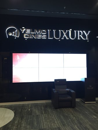 ‪Yelmo Cines Luxury‬