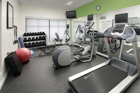 Holiday Inn Express Knoxville Strawberry Plains: Health club