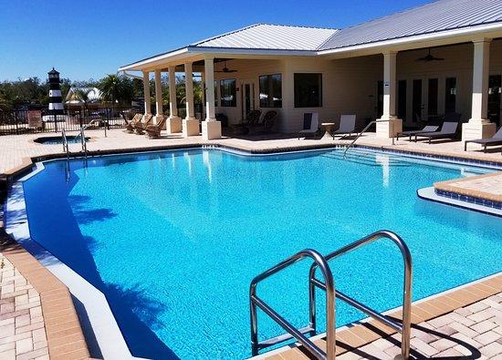 Polk City, FL: Swimming Pool and Spa