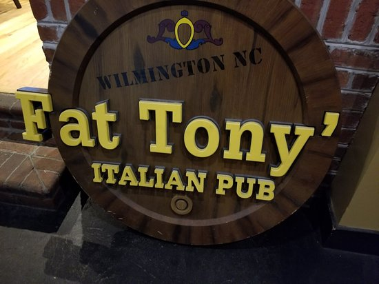 Leland, NC: Fat Tonys Italian Pub at Waterford
