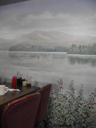 ME - SANFORD - MEL'S RASPBERRY PATCH - LAKE SCENE MURAL