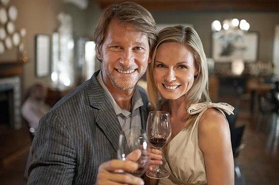 Tour a pie de cata de vinos y tapas...