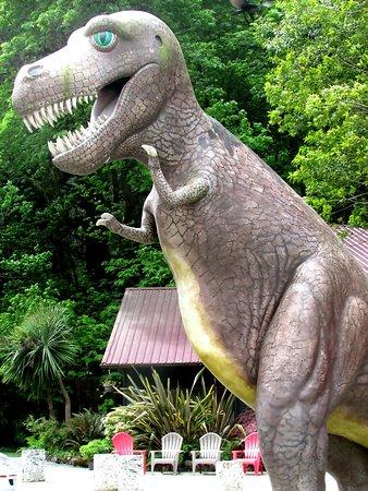 Prehistoric Gardens: He is headed this way