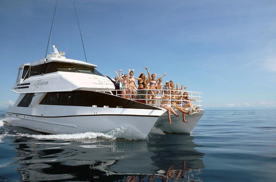 Luxury Outer Great Barrier Reef...
