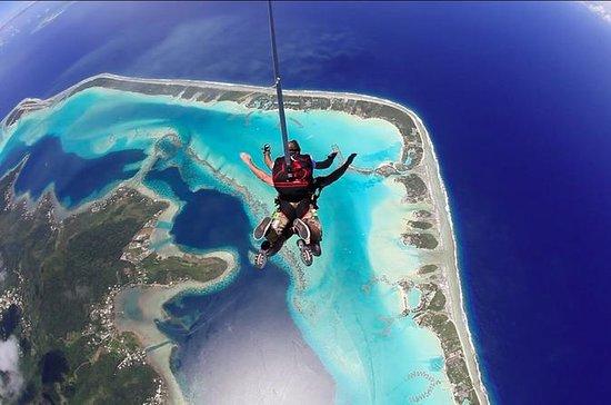 Bora Bora Tandem Skydive Including Video and Photos
