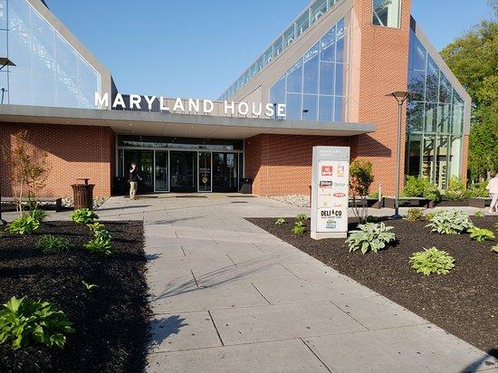 Maryland House Travel Plaza
