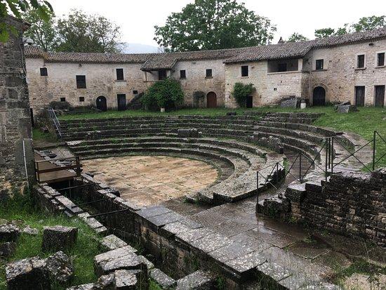Anfiteatro Romano di Saepinum